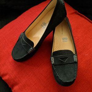 Liz Claiborne black loafer